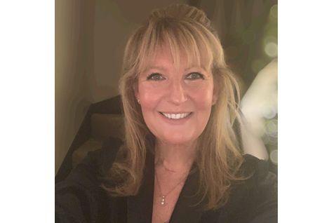 Ms Carys Barton