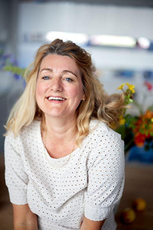 Christy Niemeijer bloemen achtergrond