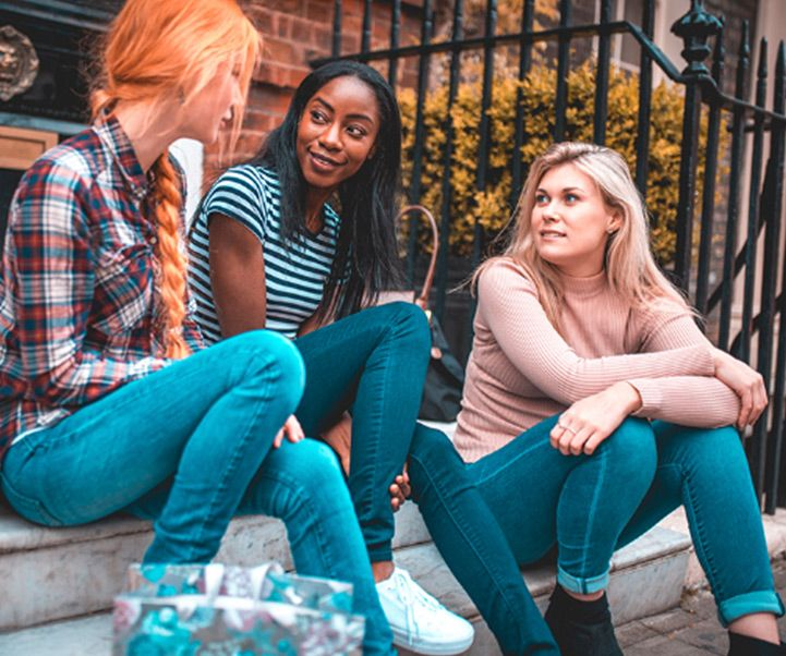 women talking about HPV and cervical cancer